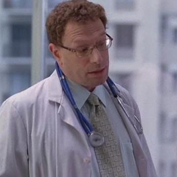 Drama's Doctor (Ron Marasco) in Entourage