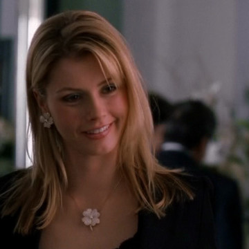 Eric's Jewelry Store Girl (Brianna Brown) in Entourage
