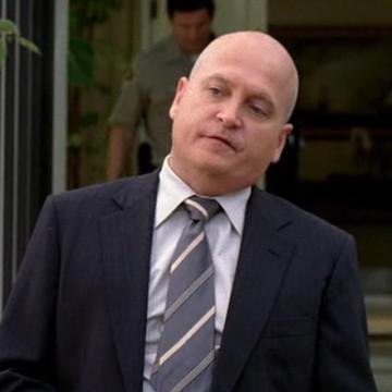 Ertz Detective (Eddie Driscoll) in Entourage
