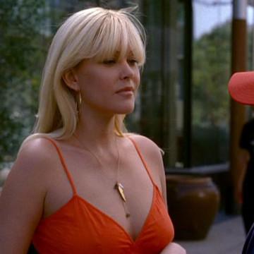 Kelsey (Shanna Moakler) in Entourage
