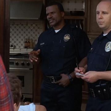 Left Cop (Teddy Lane Jr.) in Entourage