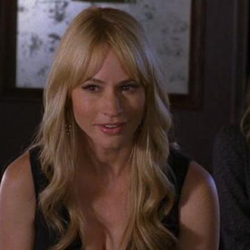 Lindsay (Cameron Richardson) in Entourage