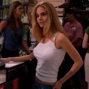 Lori (Supermarket Girl) (Kelly Kruger) in Entourage