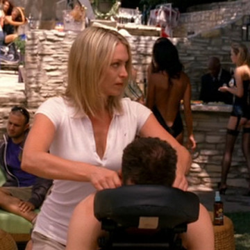 Massage Therapist Lana (Erica Walker) in Entourage