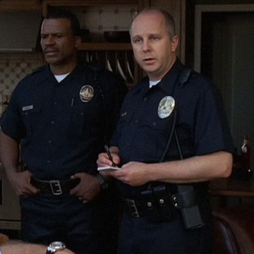 Right Cop (Matthew Lenhart) in Entourage