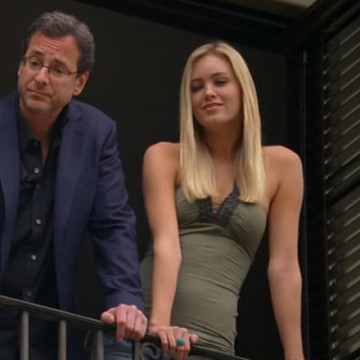 Bob Saget's House Guest (Caitlin Fowler) in Entourage