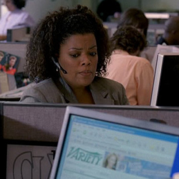 Daily Variety Agent (Yvette Nicole Brown) in Entourage