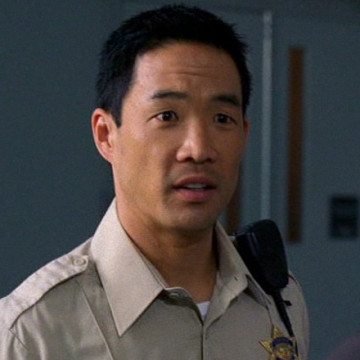 Ertz Officer (Chase Kim) in Entourage