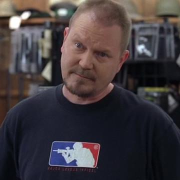 Gun Salesman (Stephen Ramsey) in Entourage