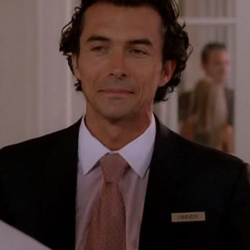 Hotel Manager (William Abadie) in Entourage