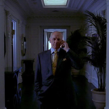 John Ellis (Alan Dale) in Entourage