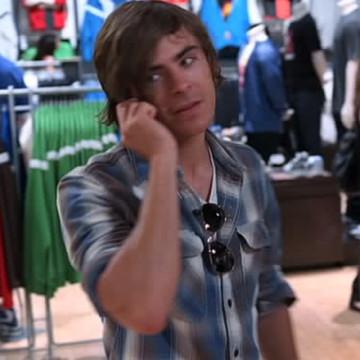 Lori (Zac Efron Fan) (Darcy Fowers) in Entourage