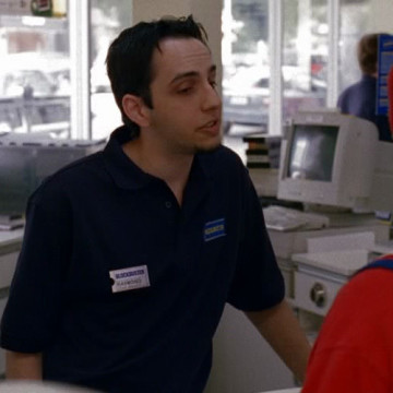 Shady Blockbuster Employee (Jarrett Lennon) in Entourage