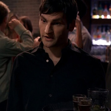 Winston's Cocktail Waiter (Daniel Lindsay) in Entourage